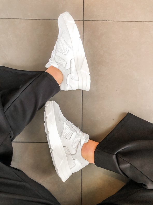 Angle Image for Kady Leather Lace-up Sneaker