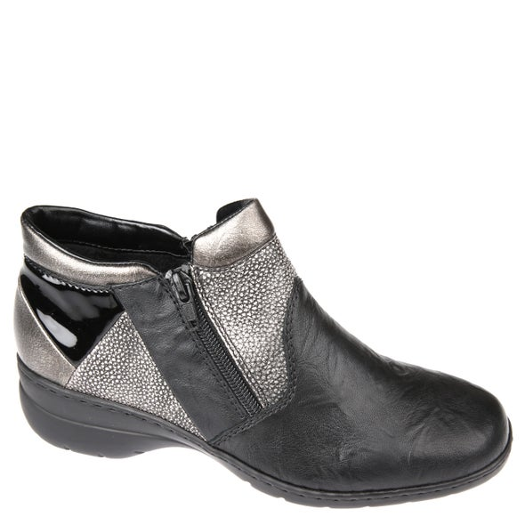 Angle Image for L4391-00 Leather Ankle Boot