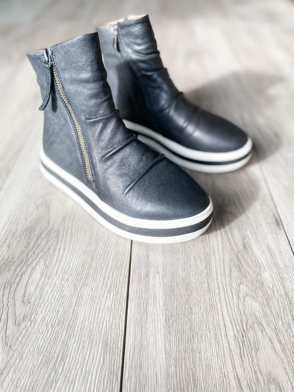 Angle Image for Liberty Leather High-Top Sneaker