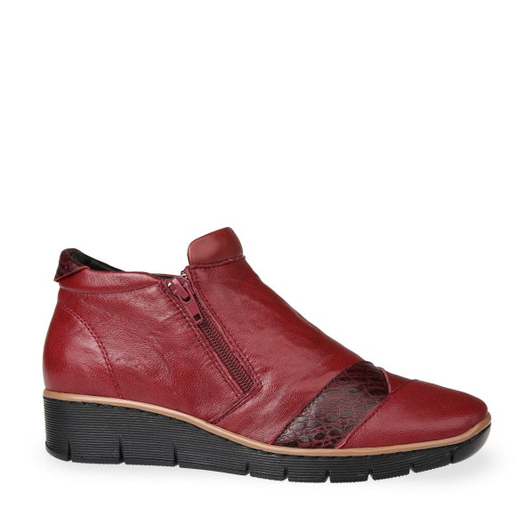 Hero Image for Master Leather Ankle Boot