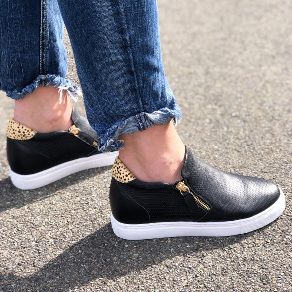 Angle Image for Mini Leather Low Top Sneaker