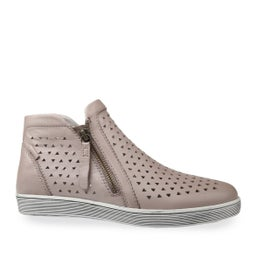 Oleena Leather High-top Sneaker