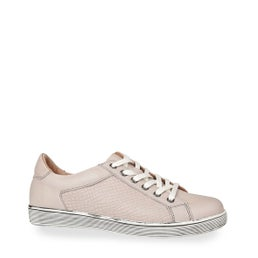 Ollie Lace-up Sneaker