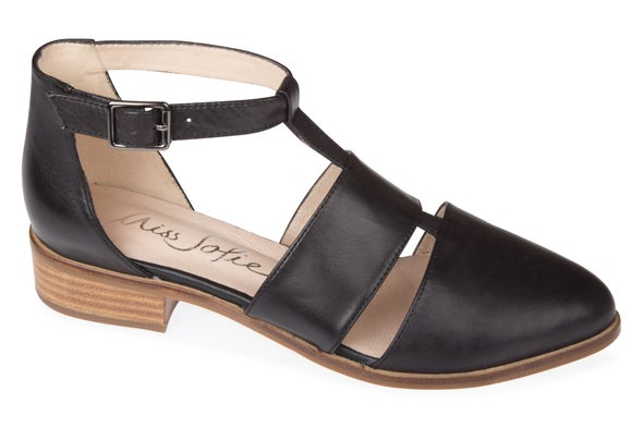 Angle Image for Perses Leather Shoe
