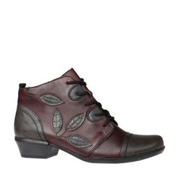 R8373 Leather Ankle Boot