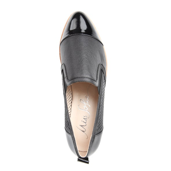 Top Image for Wendy leather slip on shoe